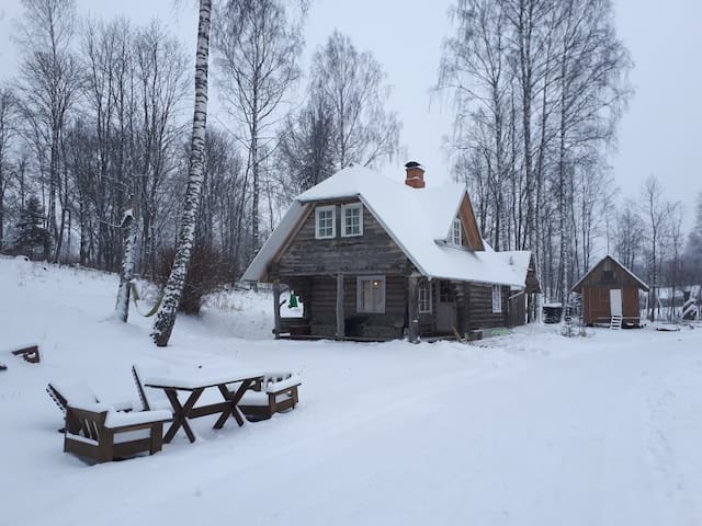 Otepää cozy log house with sauna