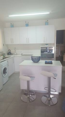 2 bedroom holiday apartment close to the beach