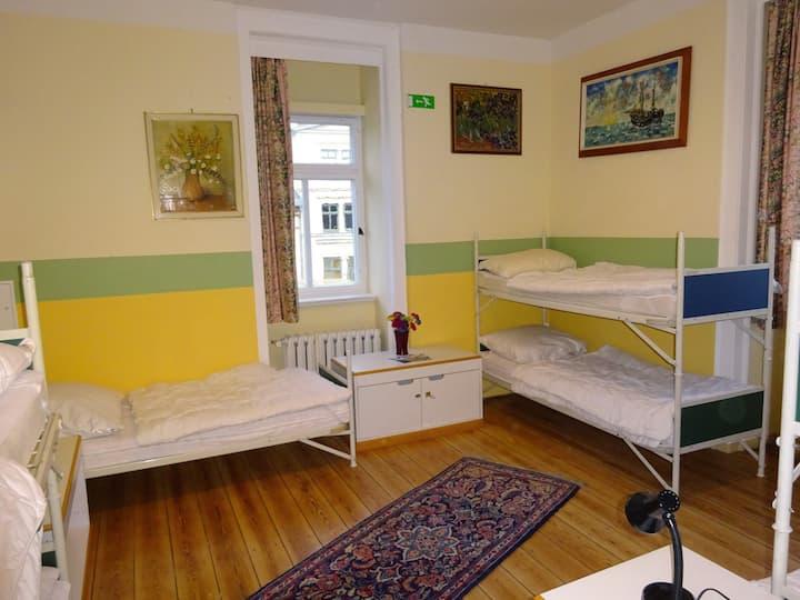 Gemütliches Familienzimmer (302)