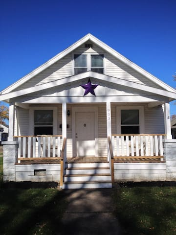 The Purple Star House Just Right - Port Clinton - Casa