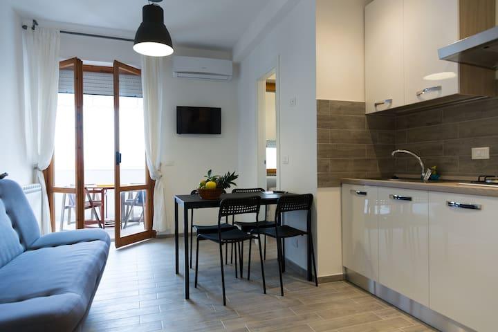 Appartamentino Acquamarina (Wi-Fi). - Montesilvano - Lägenhet