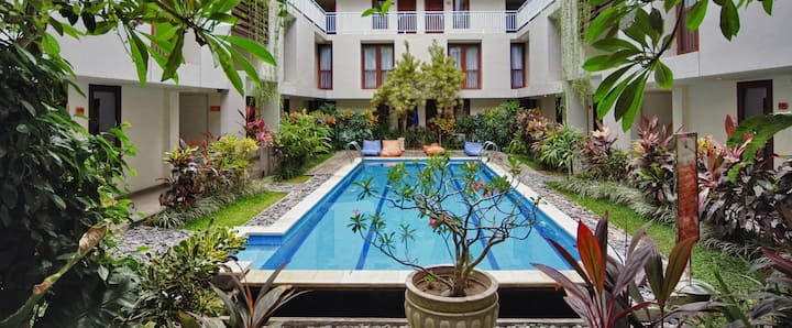 50% Off Luxury Family Room Hotel-Seminyak-Legian N