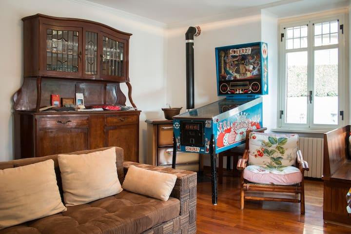 appartamento completo x 6 persone - Brunate - Bed & Breakfast