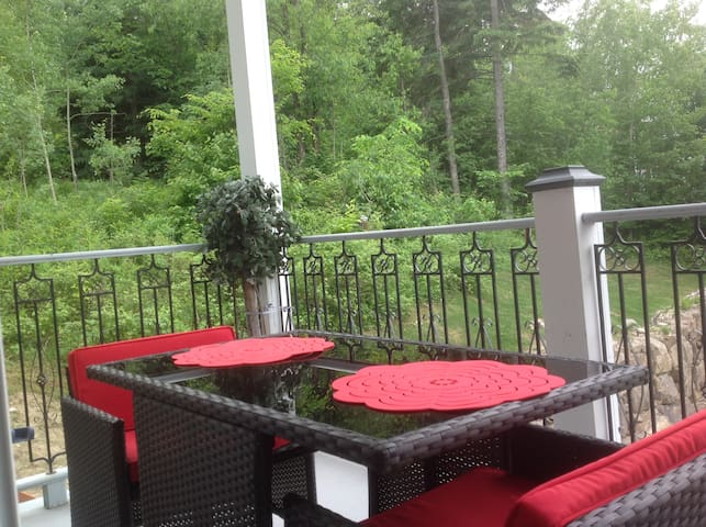 Luxury Condo in the Hart of St-Sauveur