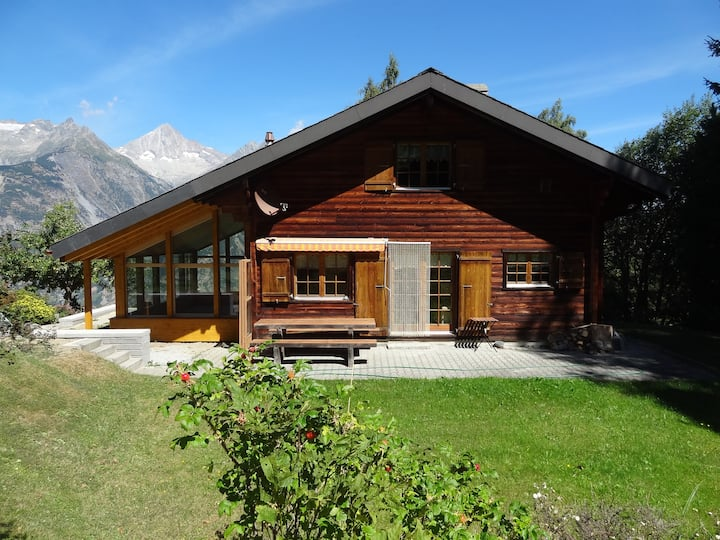 Heimeliges Swiss-Chalet