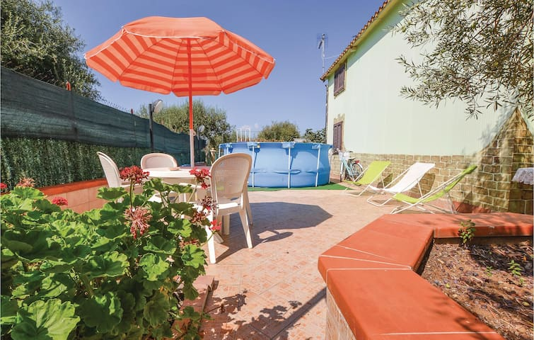 Holiday cottage with 2 bedrooms on 100m² in Altavilla Milicia