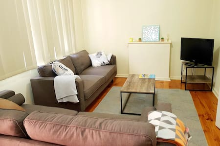 3 Bedroom Home in Whyalla -Wifi Available