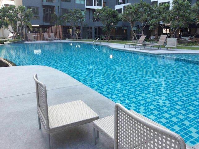 1BR CONDO FREE Wifi/Pool&Gym/COSY A 中文房东1房公寓套房1