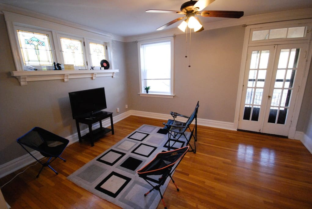 Clean And Bright 2 Bedrm Apartment No Extra Fees Apartments For Rent In St Louis Missouri