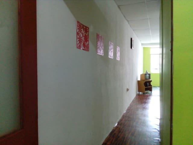 ROOM for RENT IN KAJANG. 1 ROOM 1 BED + WIFI 24HR