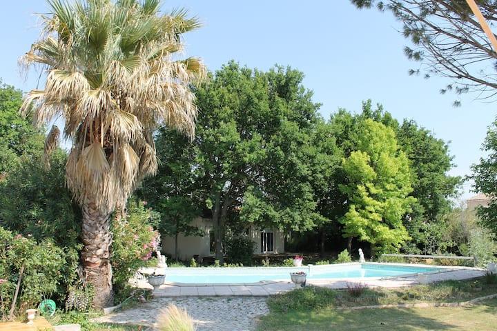 Mini Villa indépendante proche Avignon