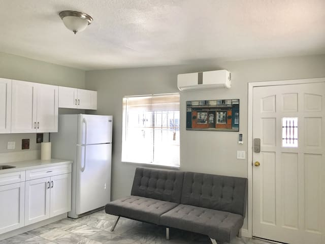 Rosemead Newly Remodeled 1bedroom/1bathroom House - Rosemead - Haus