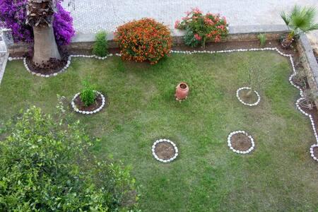 2 Bedroom Flat with Garden - Datça