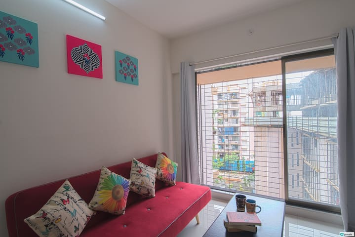 Cozy 1BHK in Goregaon near Mindspace