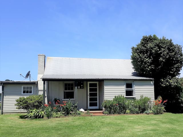 Potters Cottage Robertson *Discount for 2+ nights*
