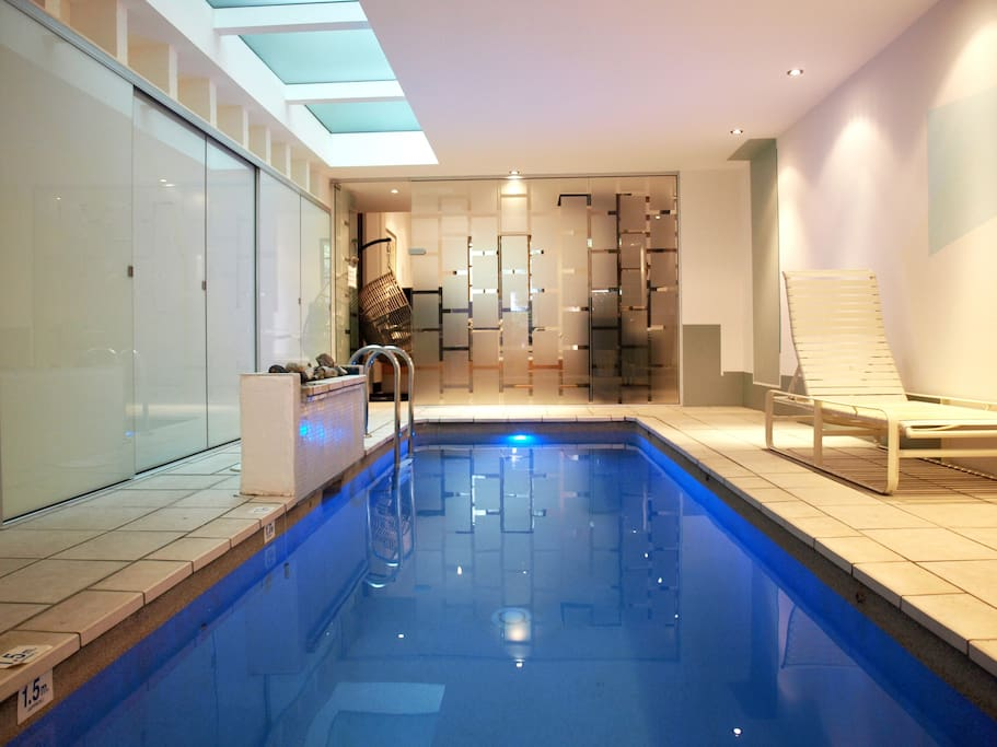 2.5 Bedroom Neat Luxury Terrace + Indoor Jet Pool - Houses