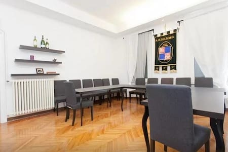 Huge Room in Milan Center - Milan - Appartement