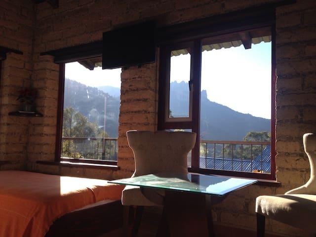 Suite con baranda o terraza cabañas Hojarasca