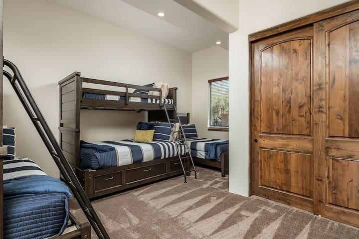 Camera da letto 8