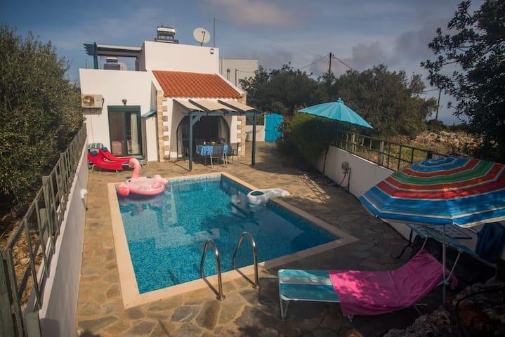 Villa Afou con piscina privata