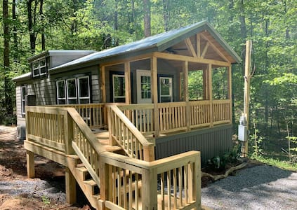 Nature's Cove Cabin B  - Lake Access w/dock