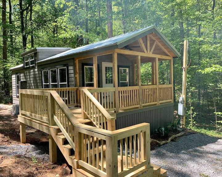 Nature's Cove Cabin B-Rent 3, Get 1 Night Free!