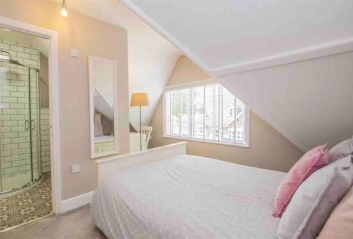 Beautiful loft room with ensuite