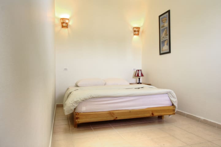 Apt 8 Bed Room