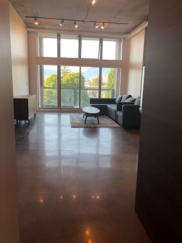 Furnished  Loft WEST 6TH AVENUE VANCOUVER BC