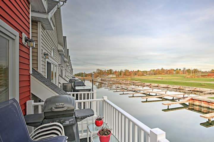 Townhome w/ Attached Boathouse on Alexandria Bay!