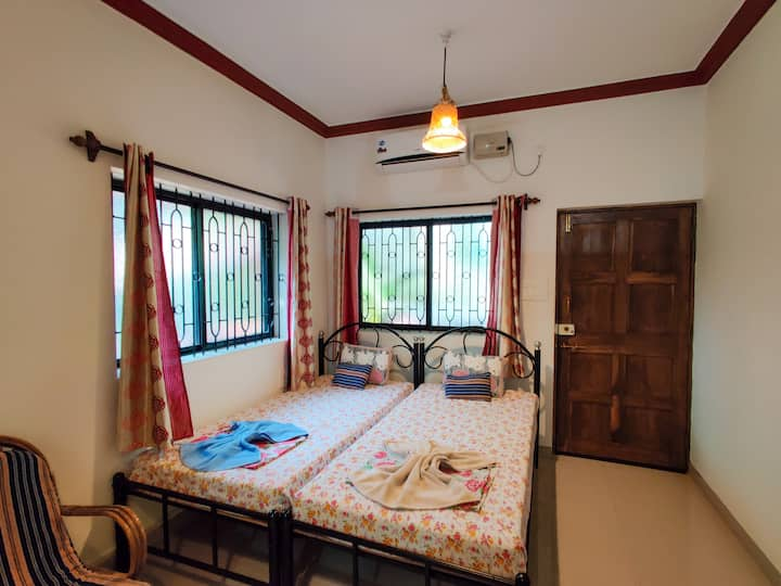 Anna Maria's Cottage - A3 - By Nirvana Abode