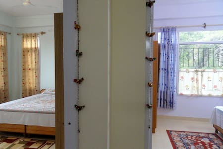 Aamantran Stays- Family Apartment - Shoghi