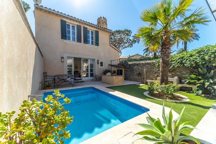 AIrcond villa with garden & pool St Tropez center