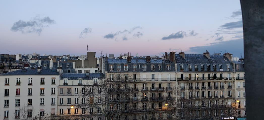 Lovely Parisian studio