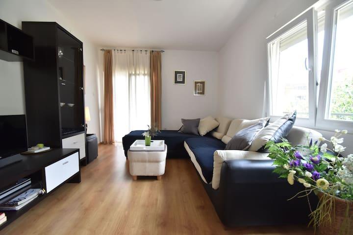 Modern appartement in Knin met een prachtig uitzicht