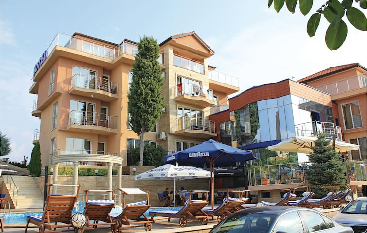 Holiday apartment with 1 bedroom on 70 m² BGV248