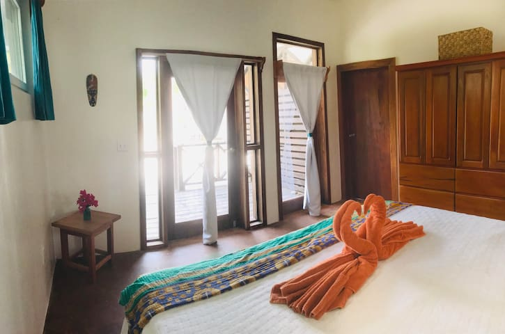 Two room suite with oceanfront and jungle views!