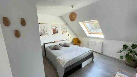 Chambre cosy avec salle de bain privative au calme