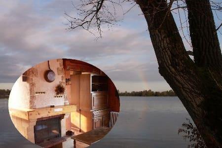 Thétis au bord du lac - Arleux