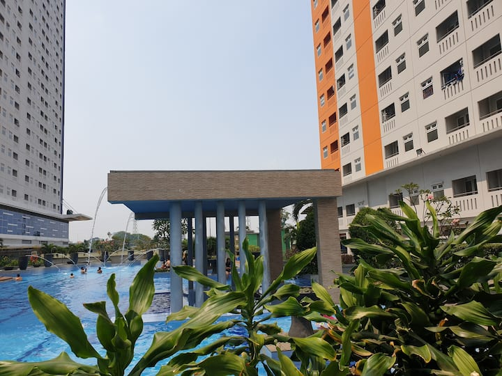 Central City Cozy Apartment Green Pramuka