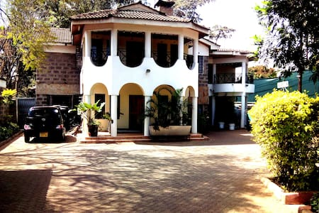 CLASSIC GUEST HOME KILELESHWA - Nairobi - Bed & Breakfast