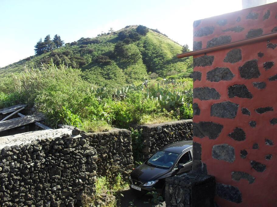 Lateral casa, montaña de Las Rosas
