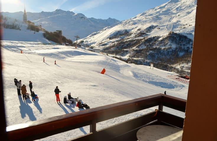 Les Menuires appartement bien agencé-ski au pied