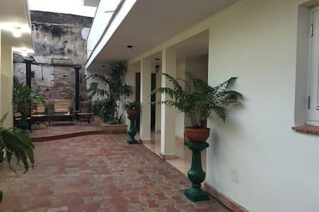 Hostal Villa Maria 3 - Cienfuegos - Villa