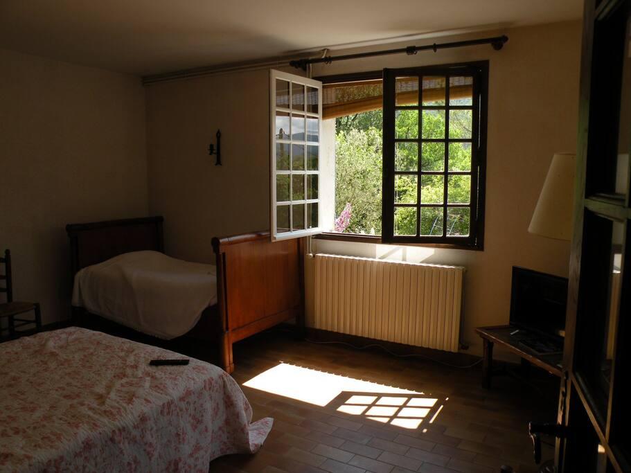 chambre sous le soleil de Provence