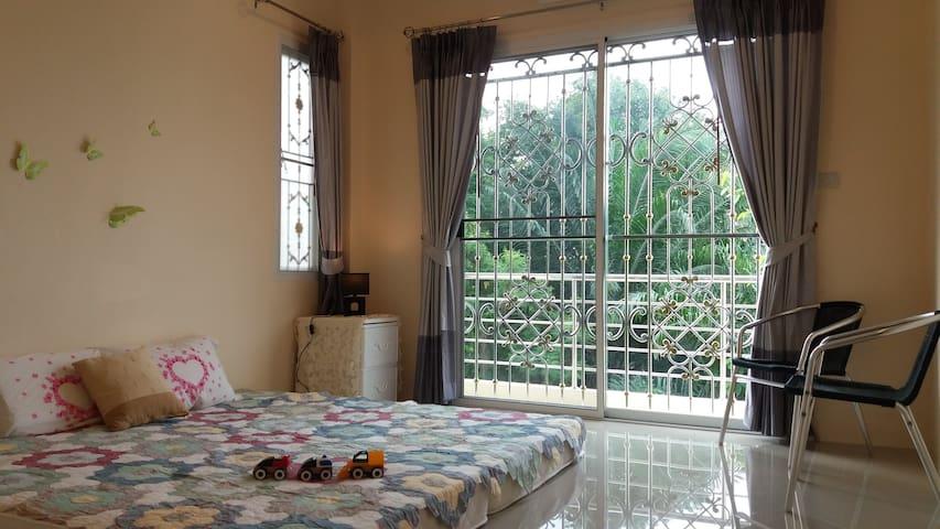 The Ixora House (Full House) near KhaNabNam Hil - Tambon Pak Nam - Casa