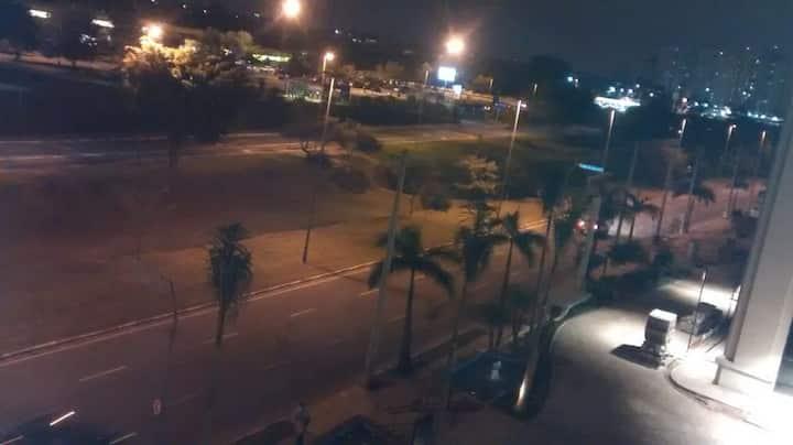 LINDO STUDIO DE COBERTURA COM SACADA