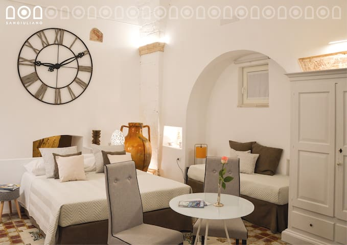 Sangiuliano Bed and Breakfast Suite