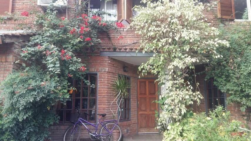 Habitación: tranquilidad, privacidad, luz natural.
