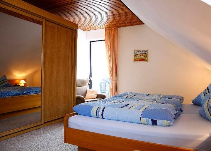 Ferienwohnung Schütte (Winterberg/Altastenberg) -, Wohnung A, 2 Schlafräume/1 Wohnraum